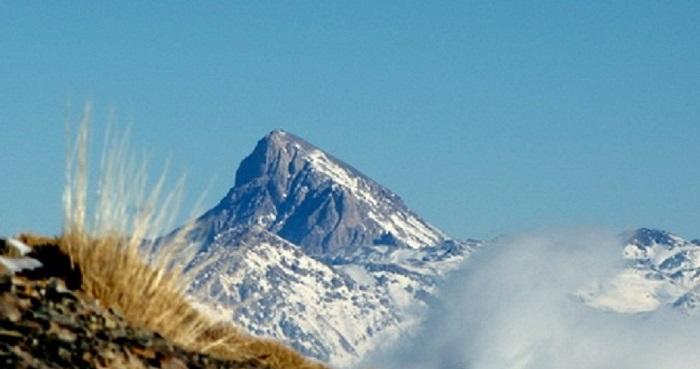آزادکوه | عاشقان طبیعت ایران | آزادکوه شاهزاده کج گردن البرز مرکزی | صعود به قله آزادکوه