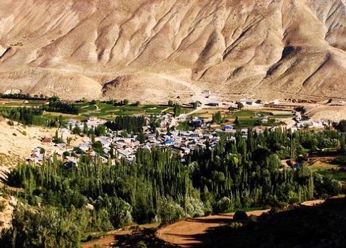 دریاچه لزور | عاشقان طبیعت ایران | روستای لزور دریاچهای در دل کوه
