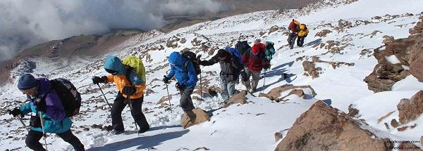 صعود به قله دماوند   عاشقان طبیعت ایران   شرایط و تجهیزات لازم برای صعود به قله دماوند