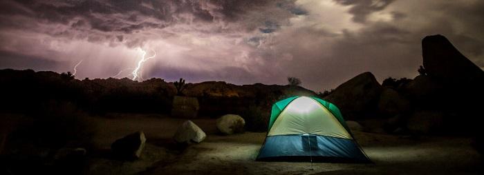 چادر زدن در هوای طوفانی و رعد و برق | عاشقان طبیعت ایران | چادر زدن در رعد و برق