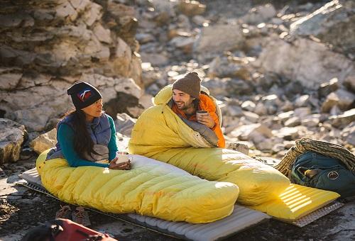 کردن کیسه خواب 2 - گرم کردن چادر و کیسه خواب