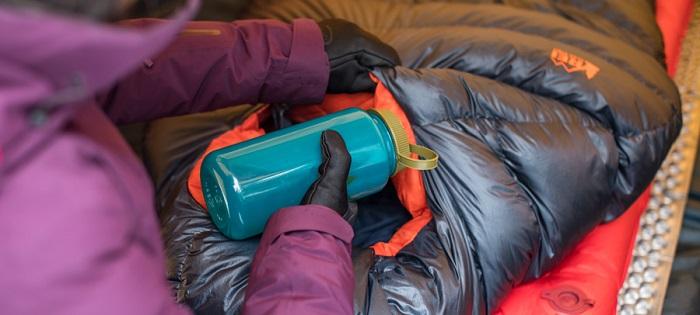 کردن کیسه خواب - گرم کردن چادر و کیسه خواب