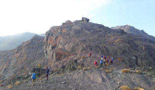 خروس ارتفاع 3845 متر e1559552389724 - قله هزار کرمان - مرتفعترین قله فلات مرکزی ایران