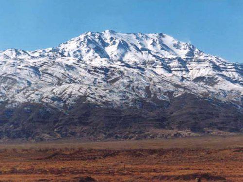 هزار کرمان 1 e1559547136644 - قله هزار کرمان - مرتفعترین قله فلات مرکزی ایران