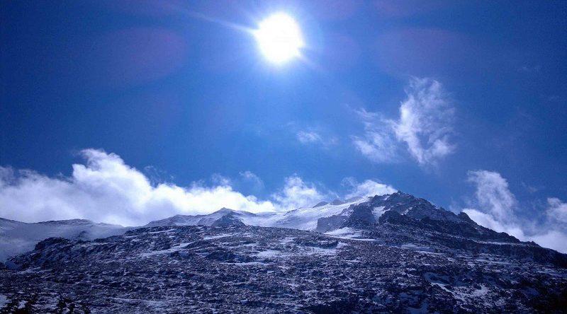 قله هزار | عاشقان طبیعت ایران | صعود به قله هزار کرمان | ارتفاع قله هزار