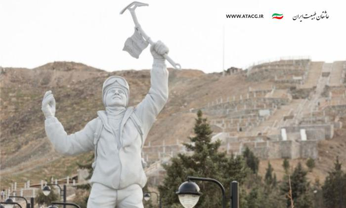 پلنگ برفی | عاشقان طبیعت ایران | عنوان پلنگ برفی کوهستان | معرفی دارندگان نشان پلنگ برفی