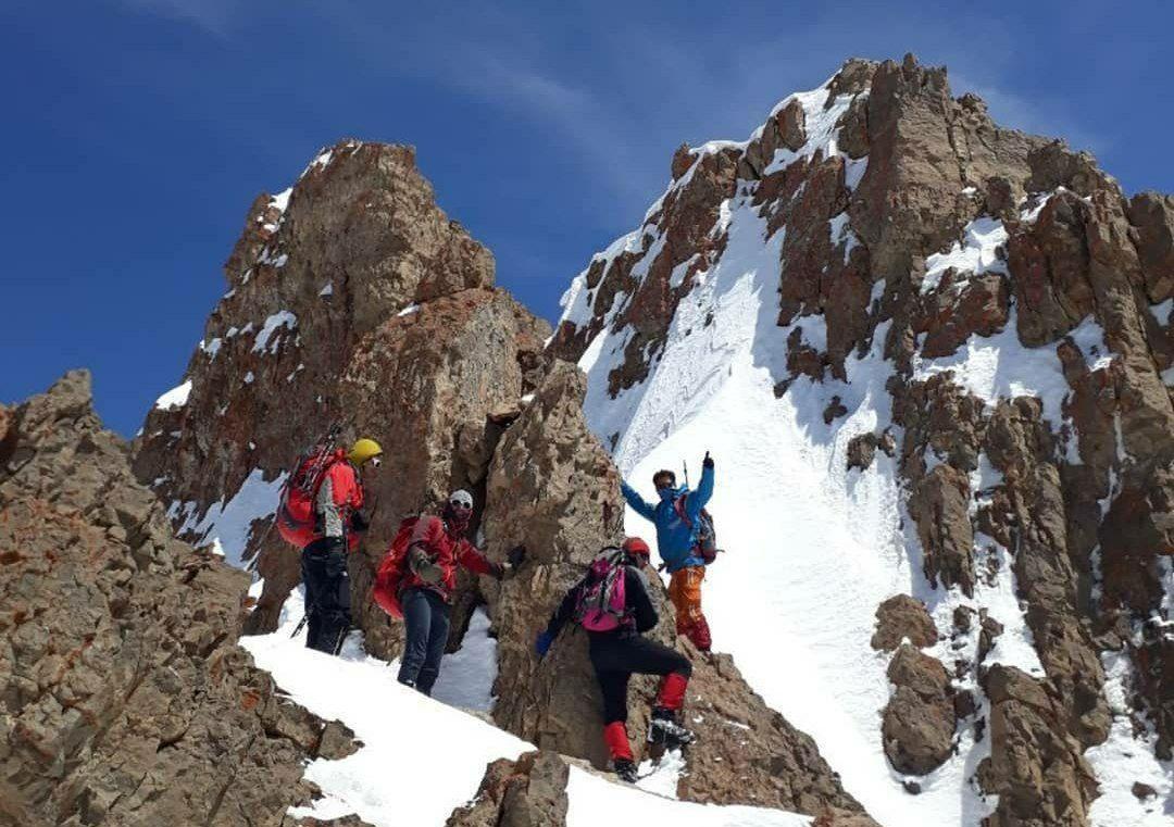 قله سرخاب | عاشقان طبیعت ایران | صعود به قله سرخاب