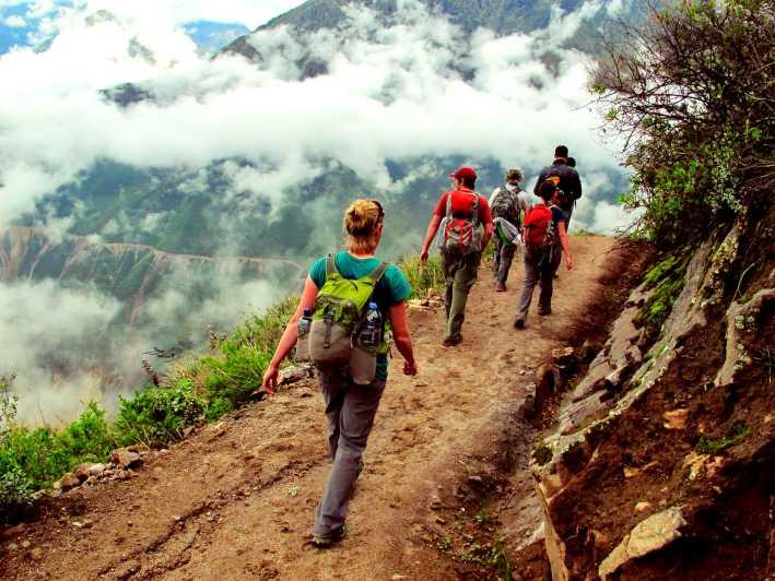 مراحل کوهنوردی عاشقان طبیعت ایران به سمت حرفه ای شدن و تجربیات تازه