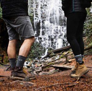 جوراب کوهنوردی | عاشقان طبیعت ایران | نحوه انتخاب و خرید جوراب کوهنوردی